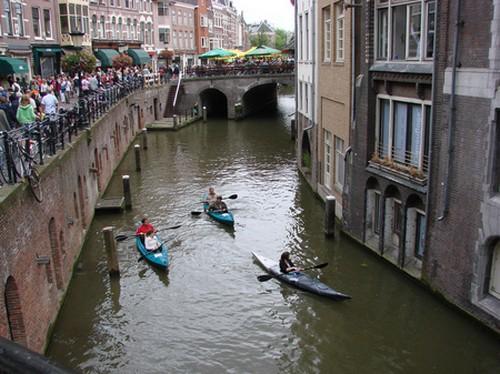 Viaje en canoa por los canales de Utrecht